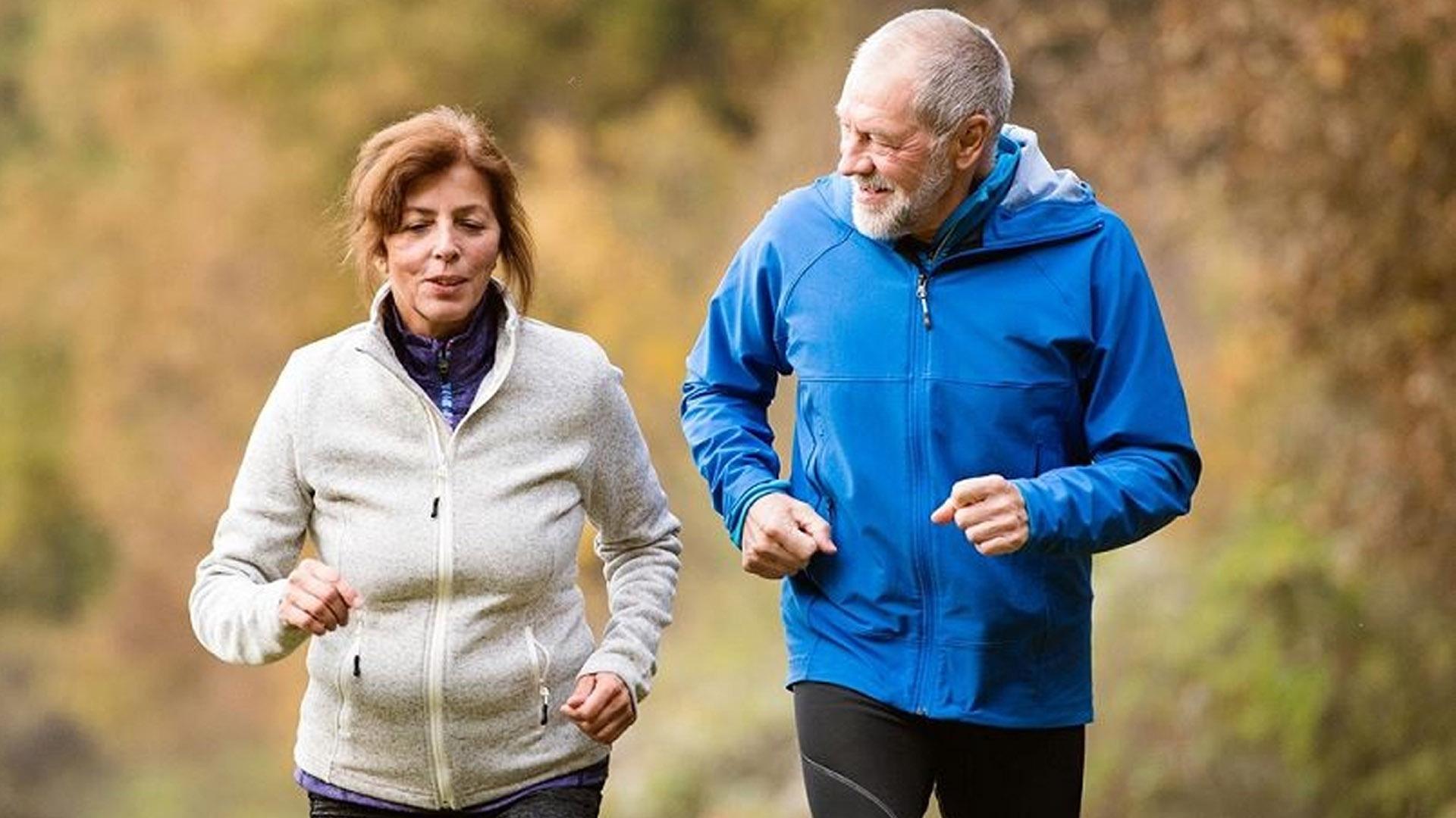 Cuidar la salud física de los adultos mayores