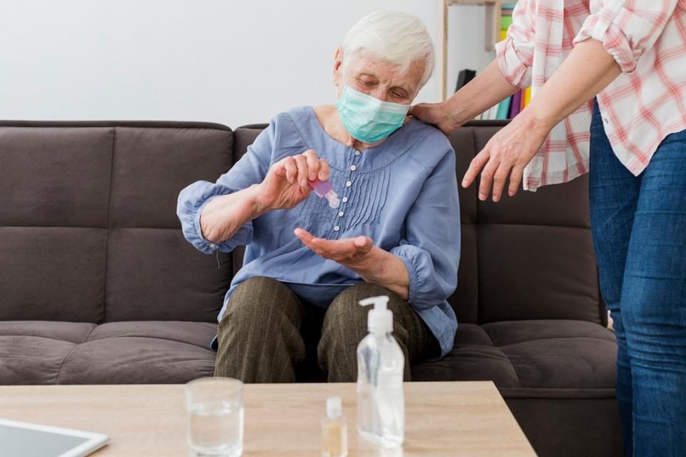 Evitar que los geriátricos sean blanco del Covid-19
