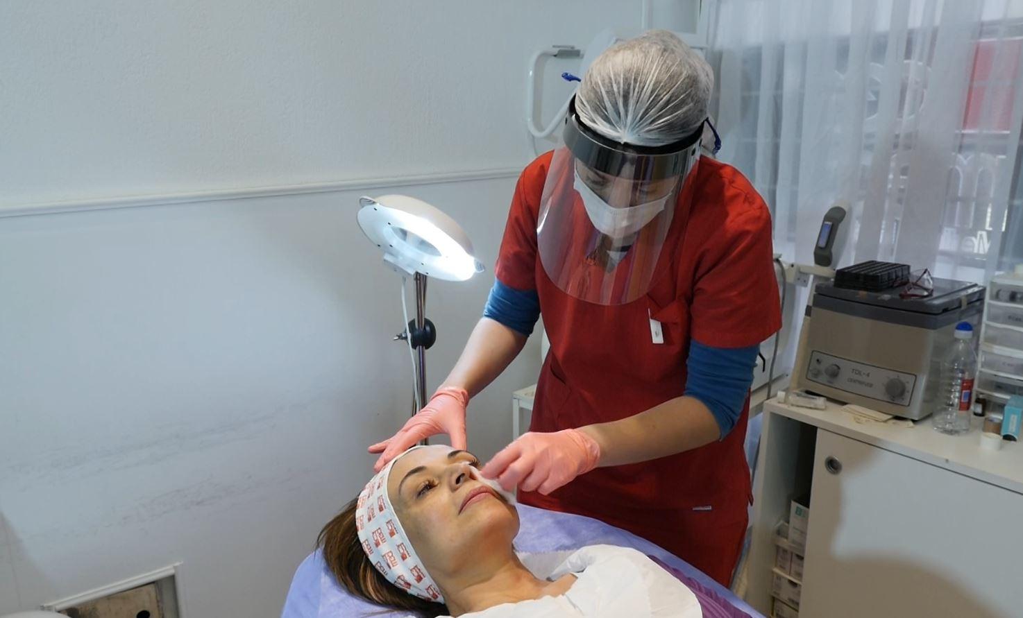 Radiesse, el tratamiento que rejuvenece la piel sin cirugías